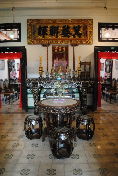 Fully Restored, An Affluent Peranakan Home in Chinatown