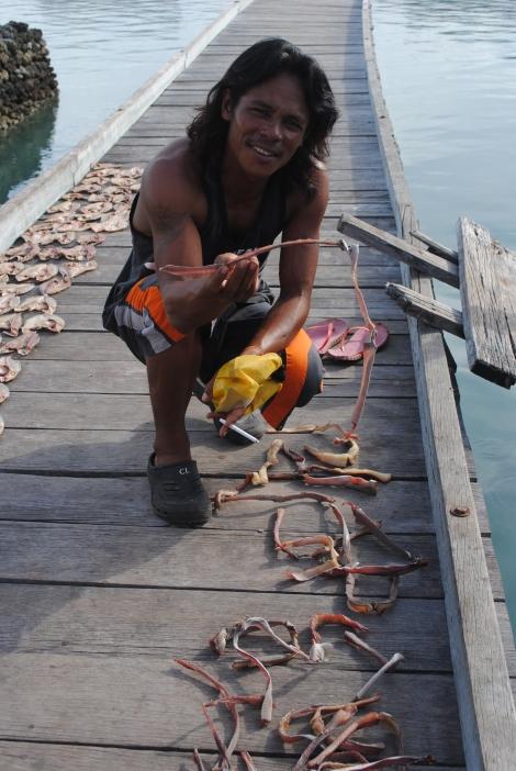 Kun Dang, Hoga Island Resort's Bajo Divemaster